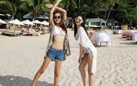 Bikini và quần short